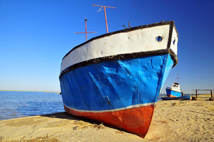 Аральское море. Так или иначе. Малый Арал - крайняя северная часть бывшег